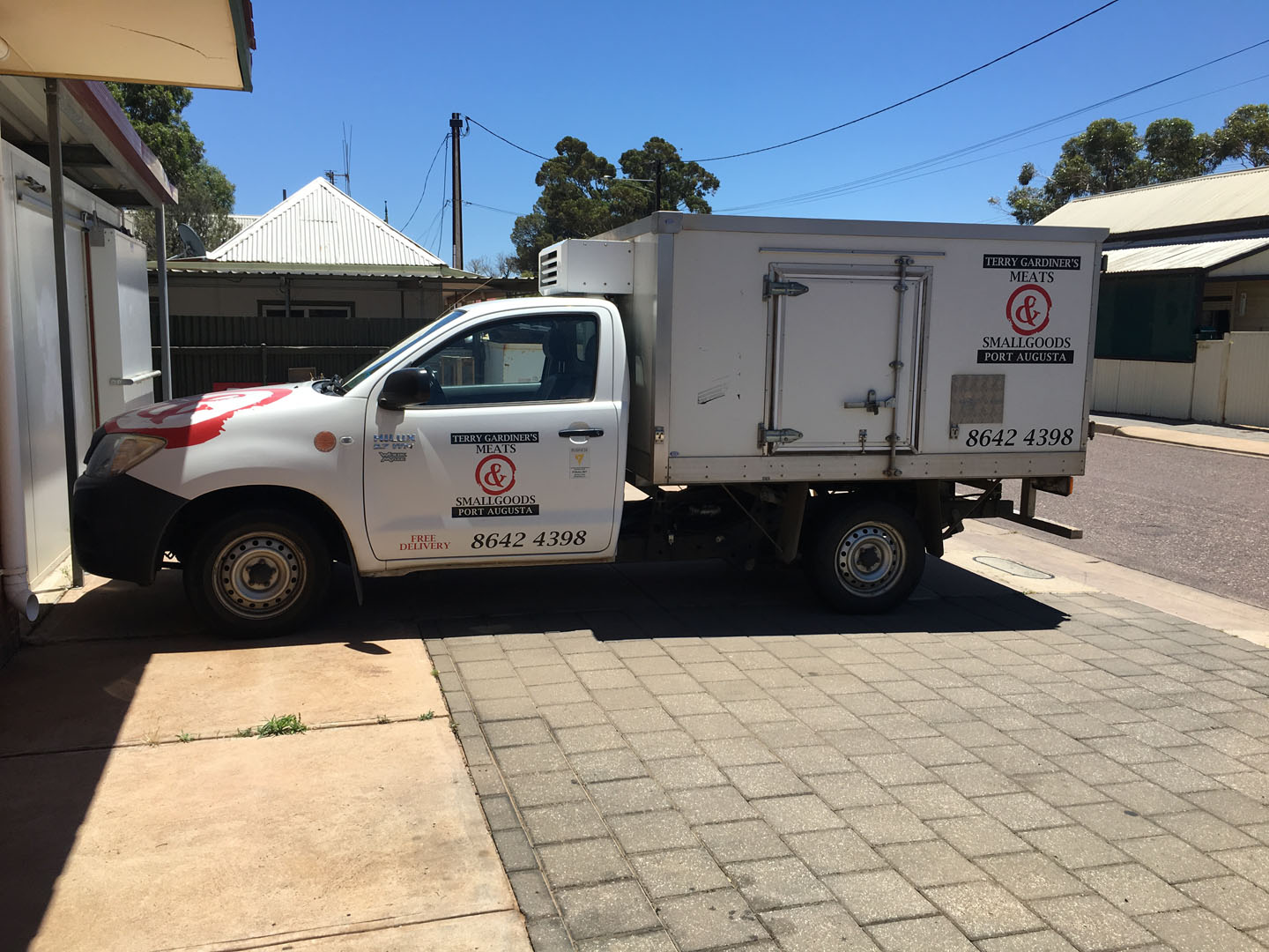 terry-gardiners-meats-and-smallgoods-port-augusta-deliveries-truck
